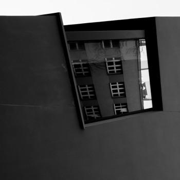 Jacek Durski, sprzedaż fotografii artystycznej – Architektura – Katowickie ASP (detal)